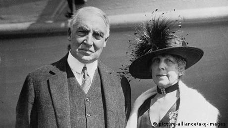 USA Warren G. Harding mit Ehefrau (picture-alliance/akg-images)