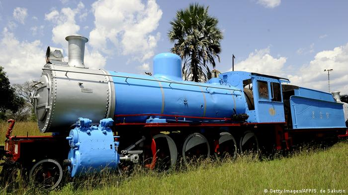Zambia - an old locomotive (Getty Images/AFP/S. de Sakutin)