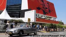 ©PHOTOPQR/LE PARISIEN ; Photo Le Parisien / Fred Dugit Spectacle Palais des festivals (Cannes 06) Le 70e festival de Cannes débute ce 17 mai 2017 sous la présidence cette année du réalisateur espagnol Pédro Almodovar . 70th annual Cannes Film Festival in Cannes, France, May 2017. The film festival will run from 17 to 28 May. Foto: Fred Dugit/MAXPPP/dpa |