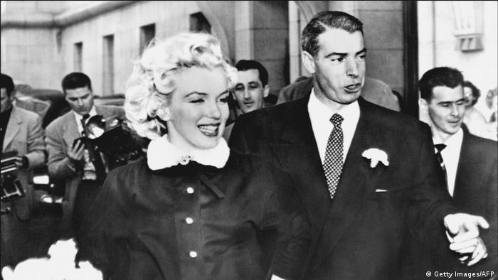 Promi Hochzeit Marilyn Monroe und Joe DiMaggio (Getty Images/AFP)