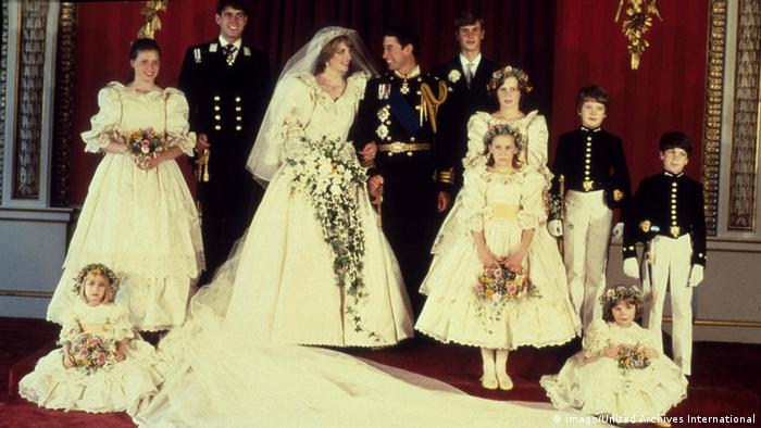 Prince Charles and Lady Diana wedding pic(imago/United Archives International)