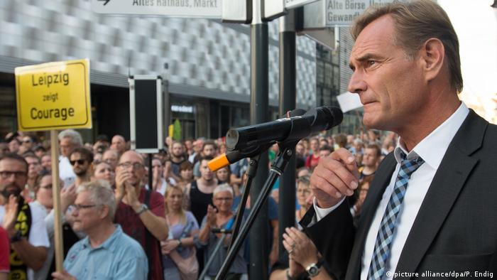 Leipzigs Oberbürgermeister Burkhard Jung - Protest gegen Legida