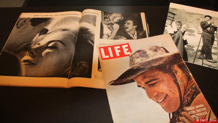 Sam Shaw's cover pictures for Life and Time (Copyright: DW/C. Grün)