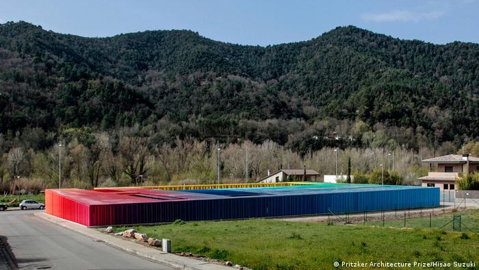 RCR Architektur- El Petit Comte Kindergarten (Pritzker Architecture Prize/Hisao Suzuki)