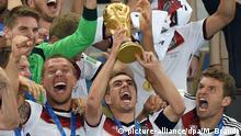 10. Bildergalerie Tschö Philipp - Höhepunkt der Karriere als Nationalspieler...
