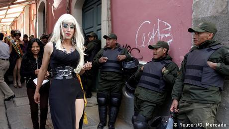 Bolivien LGBT Parade (Reuters/D. Mercado)