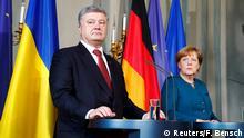 Deutschland Bundeskanzlerin Angela Merkel empfängt den ukrainischen Präsidenten Petro Poroschenko in Meseberg