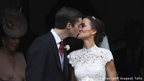 England Hochzeit Pippa Middleton und James Matthews (picture-alliance/AP Images/J. Tallis)