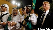 مع رقصة الرئيس الأميركي دونالد ترامب على أنغام الموسيقى السعودية التقليدية متسلحا بسيف فضي، خلال زيارته الأولى الى السعودية قبل أكثر من ثلاث سنوات، دشّن ترامب مسار تغيير سياسي جوهري في المنطقة.