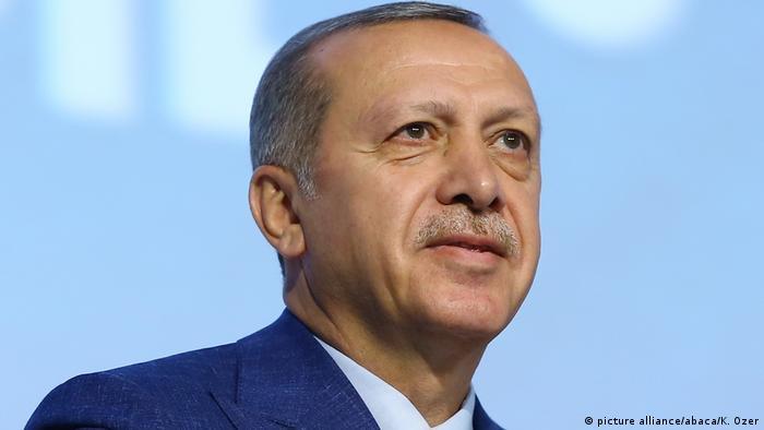 Türkei - AKP-Parteitag - Präsident Recep Tayyip Erdoğan (picture alliance/abaca/K. Ozer)