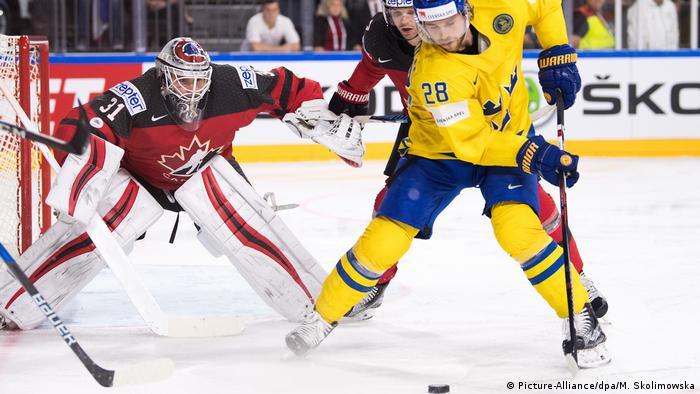 Ice hockey: Canada vs. Sweden Picture-Alliance/dpa/M. Skolimowska)