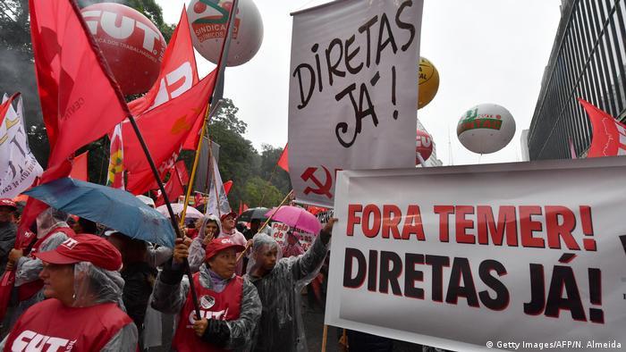 Brasilien Proteste in Sao Paulo (Getty Images/AFP/N. Almeida)