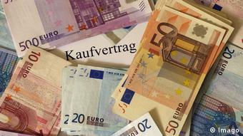 H επιστροφή στις αγορές θα βοηθήσει την Ελλάδα να βγει από το τρίτο πρόγραμμα στήριξης, εκτιμά ο Φρ. Κουτεντάκης