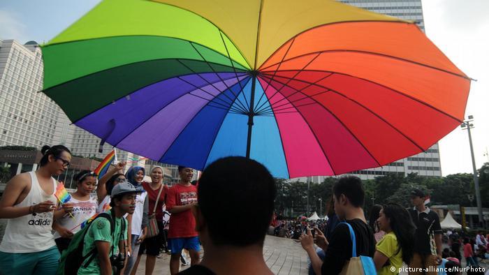 Indonesien LGBT Parade in in Jakarta (picture-alliance/NurPhoto)