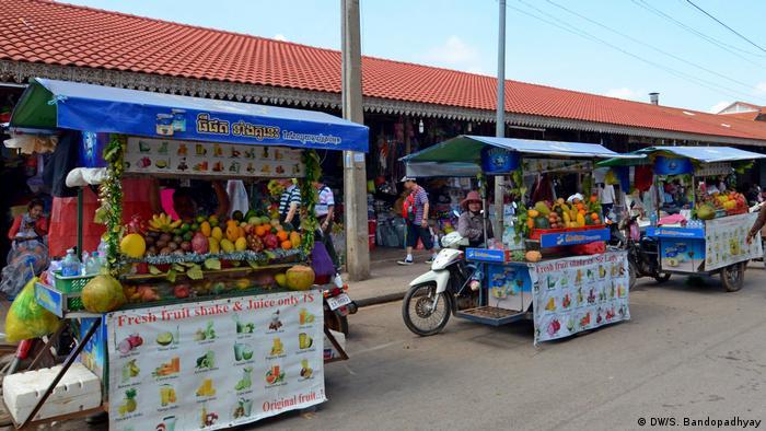 Street vendors in Cambodia