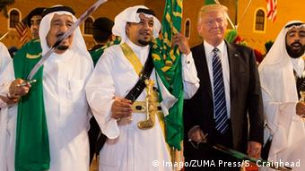El rey Salman bin Abdulazi y Donald Trump