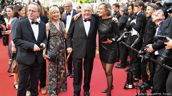 Internationale Filmfestspiele von Cannes - Roter Teppich mit dem Regisseur Claude Lanzmann und dem Team des Films Napalm (Getty Images/AFP/A. Pizzoli)