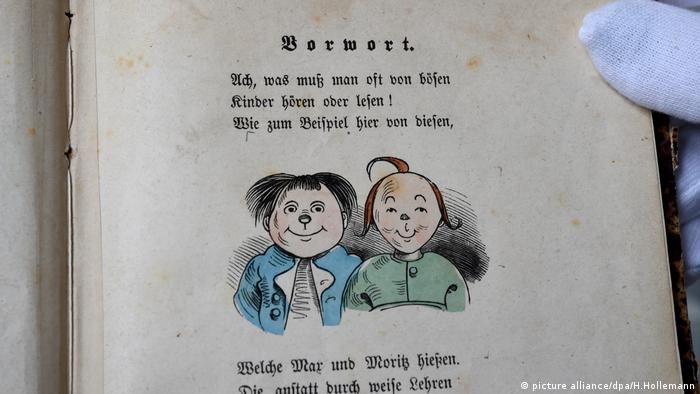 First edition of Max and Moritz (A Story of Seven Boyish Pranks) by Wilhelm Busch (Photo: picture alliance/dpa/H.Hollemann)