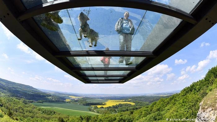 Deutschland BdT Skywalk (picture-alliance/dpa/M. Schutt)