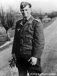 Former Chancellor Helmut Schmidt in army uniform