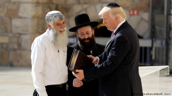 Israel Staatsbesuch Donald Trump (picture-alliance/dpa/E. Vucci)