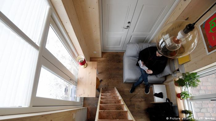 Самое дешевое жилье в германии купить квартиру на море ялта