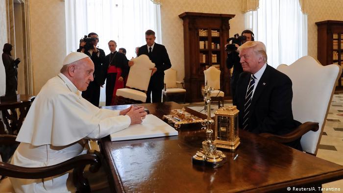 Vatikan Donald Trump trifft Papst Franziskus