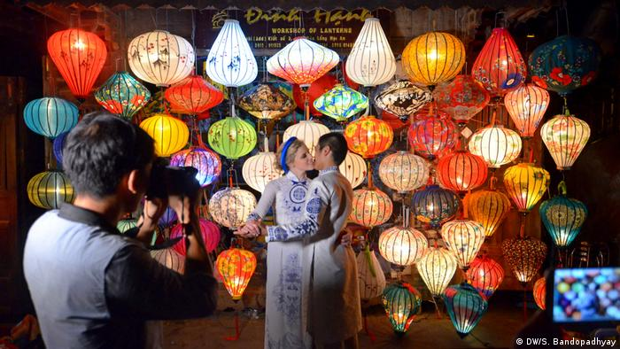 Vietnam Laternenfest in Hoi An (DW/S. Bandopadhyay)