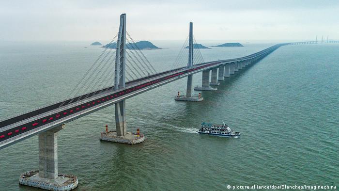 China Hongkong-Zhuhai-Macau-Brücke (picture alliance/dpa/Blanches/Imaginechina)