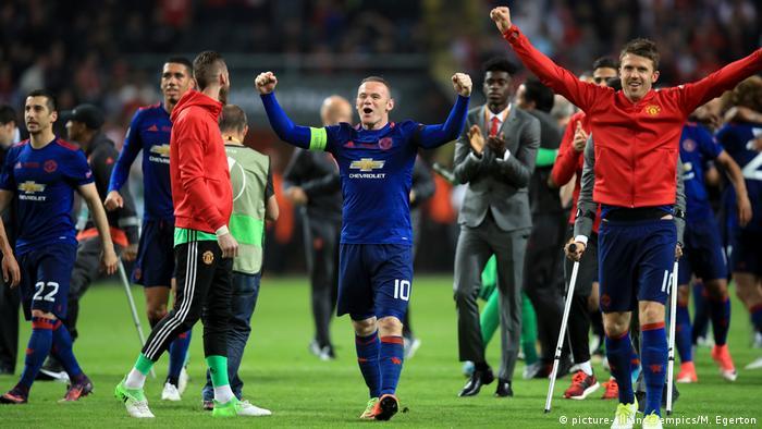 Manchester United vs Ajax Amsterdam