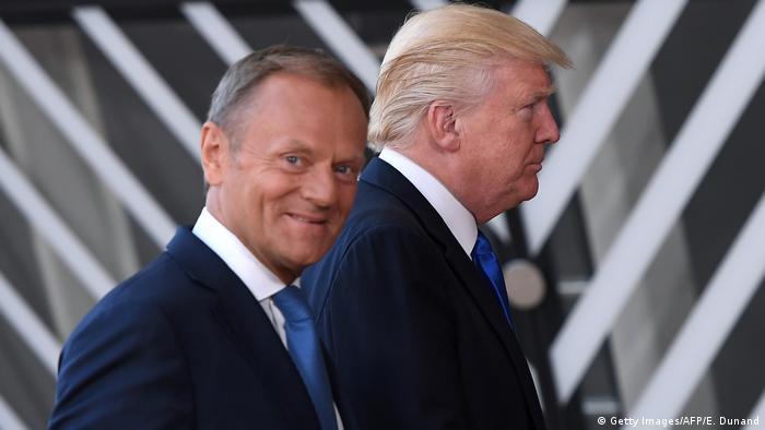 Donald Tusk (izqda.) y Donald Trump en Bruselas. (25.05.2017).