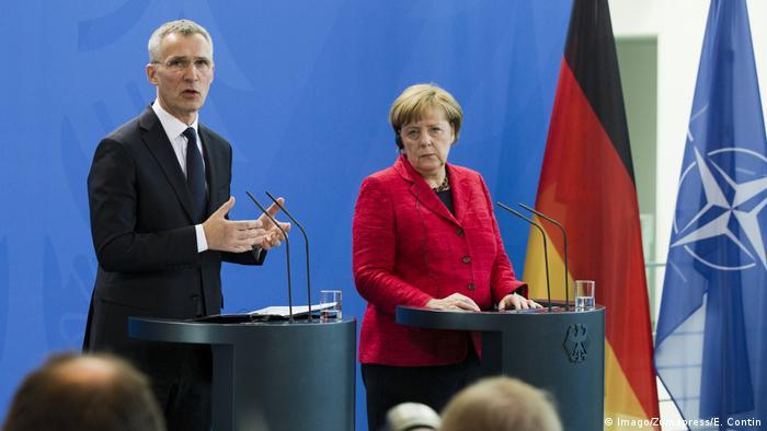 11. Mai 2017 Berlin Deutschland Bundeskanzlerin Angela Merkel und NATO-Generalsekretär Jens Stoltenberg