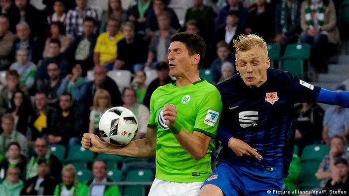 VfL Wolfsburg - Eintracht Braunschweig (Picture alliance/dpa/P. Steffen)