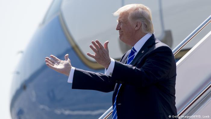Дональд Трамп вирішив поїхати в Давос на економічний форум