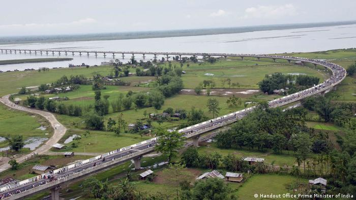 Цього року в Індії відкрили найдовший у країні міст - міст Дхола-Садія