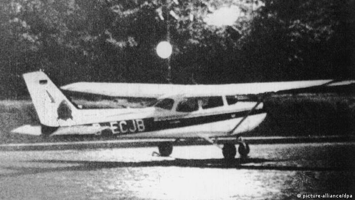 Kremlflug 1987 Rusts Cessna auf dem Roten Platz (picture-alliance/dpa)