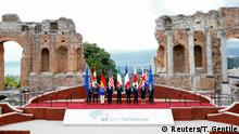 G7-Treffen Sizilien EU President Tusk, Canadian PM Trudeau, German Chancellor Merkel, U.S. President Trump, Italian PM Gentiloni, French President Macron, Japanese PM Abe, Britain's PM May EU President Jean-Claude Juncker pose in Taormina