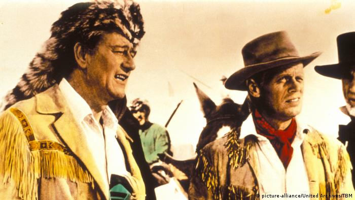 Standbild des Films 'Alamo' mit John Wayne und Richard Widmark. (1960) (picture-alliance/United Archives/TBM)