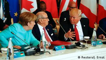 G7 Gipfeltreffen Donald Trump spricht mit Angela Merkel und Beji Caid Essebsi (Reuters/J. Ernst)