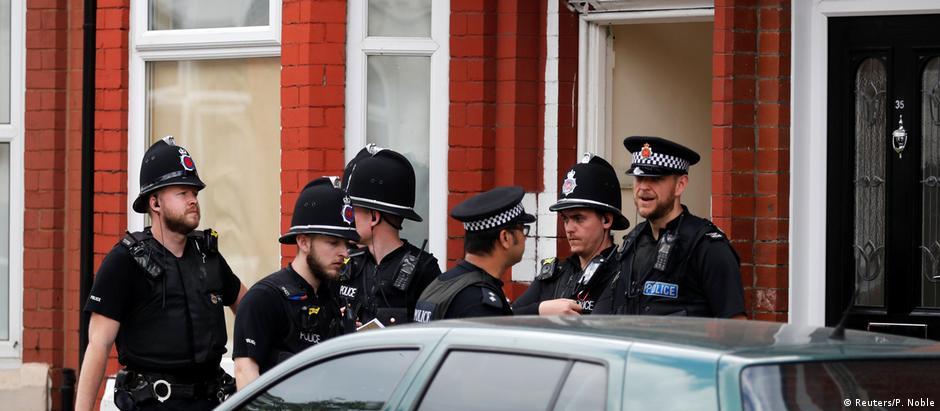 Diversas casas estão sendo registradas em diferentes bairros da cidade britânica vítima do atentado de 22 de maio
