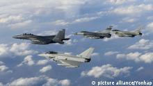 Süd Korea, U.S., Britain conduct joint drill Typhoon Kampfjet