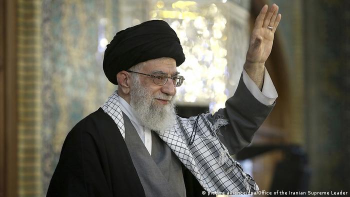 Iran Ajatollah Ali Chamenei (picture alliance/dpa/Office of the Iranian Supreme Leader)