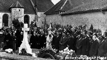 Mourners gather at the tomb of former French President General Charles de Gaulle in 1970