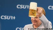 Deutschland Bierzeltauftritt von Merkel und Seehofer