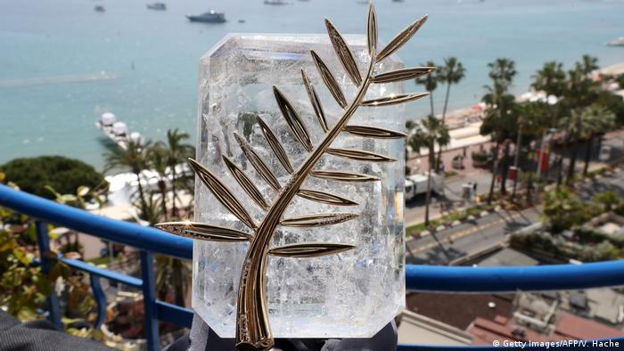 Cannes Palme d'Or Goldene Palme Trophäe