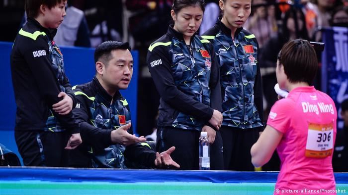 China | Tischtennis | ITTF-Asian Championships | Ding Ning mit Coach Kong Linghui