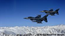 Afghanistan U S Air Force F 16 Kampfjet