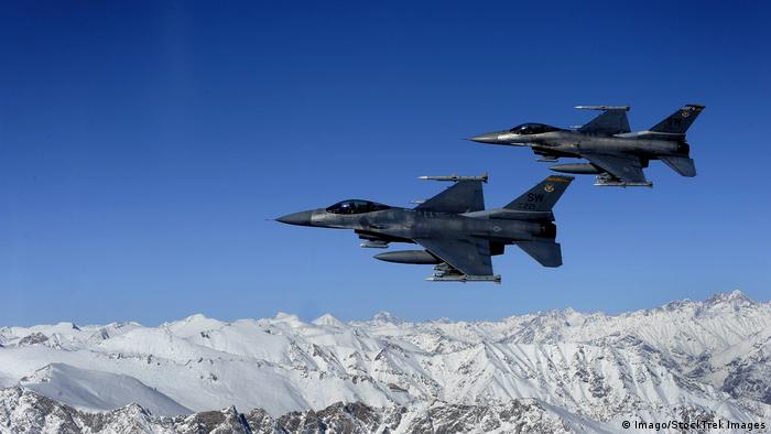 Afghanistan U S Air Force F 16 Kampfjet (Imago/StockTrek Images)