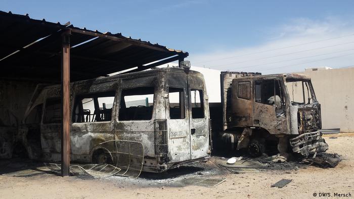 Tunesien - Gouvernorat Tataouine: niedergebrannten Posten der lokalen Einheit der tunesischen Nationalgarde
