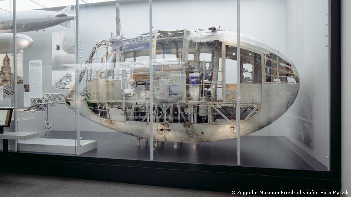 Motor gondola LZ 127 Graf Zeppelin 2014 (Photo: Zeppelin Museum Friedrichshafen Foto Myrzik)